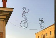 Artistes i il·lustradors valencians se sumen al '#CCCCenCasa' i inviten a aguaitar a les finestres amb art
