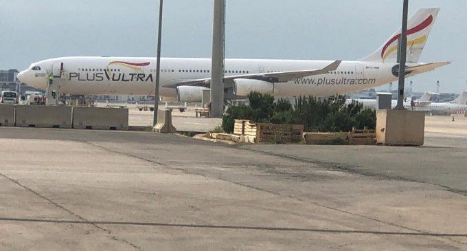 Llegan dos vuelos más de China con material sanitario adquirido por la Generalitat para la Comunitat Valenciana