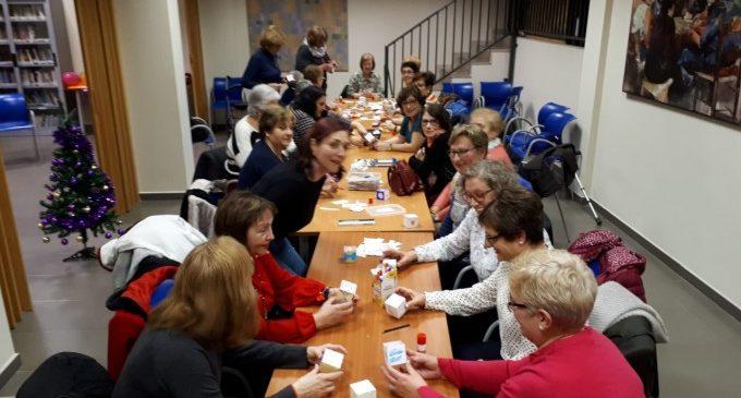 L'Ajuntament manté el taller de dones apoderades de la Casa de la Dona via WhatsApp