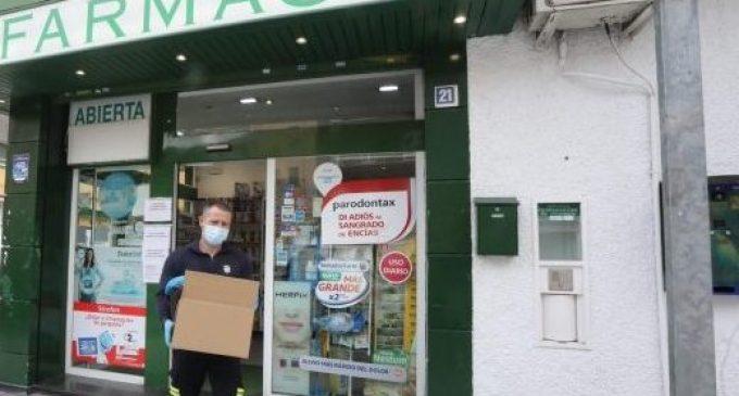 """Sanitat demana no anar """"de colp"""" el dilluns per mascaretes per a no saturar farmàcies: """"No s'acabaran"""""""