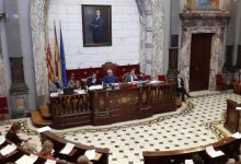 València dedica 32 millones de superávit a pagar préstamos y cuatro millones a vehículos no contaminantes