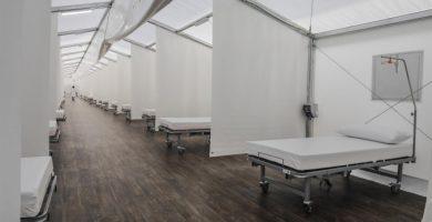Els hospitals de campanya es preparen per a rebre els primers pacients de COVID-19