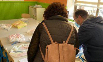 Més 550 escolars de Llíria reben la beca menjador