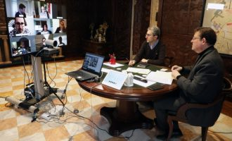 Ximo Puig destaca el 'gran acord' amb el sector turístic per a 'treballar units' en la recuperació