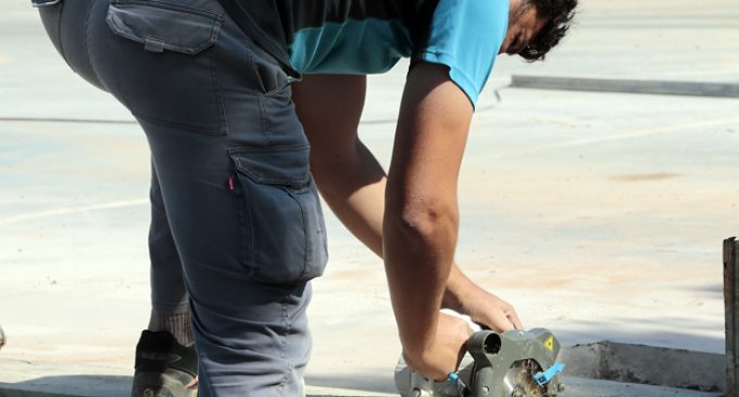 L'Ajuntament d'Alzira abona les ajudes a 923 treballadores i treballadors autònoms