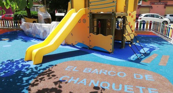 """Paterna acaba """"El Vaixell de Chanquete"""", el nou parc infantil d'El Clot dedicat a Antonio Ferrandis"""