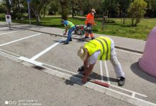 Sueca reordena el tráfico en la zona próxima al parking donde se ubicarán las aulas prefabricadas del colegio Carrasquer