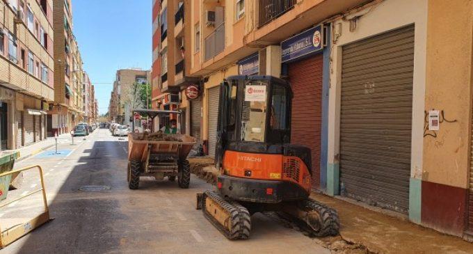 Es reprenen les obres del carrer Palleter a Benetússer