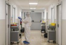 """Sanidad felicita al personal de enfermería por su compromiso y """"humanidad"""" en la pandemia"""