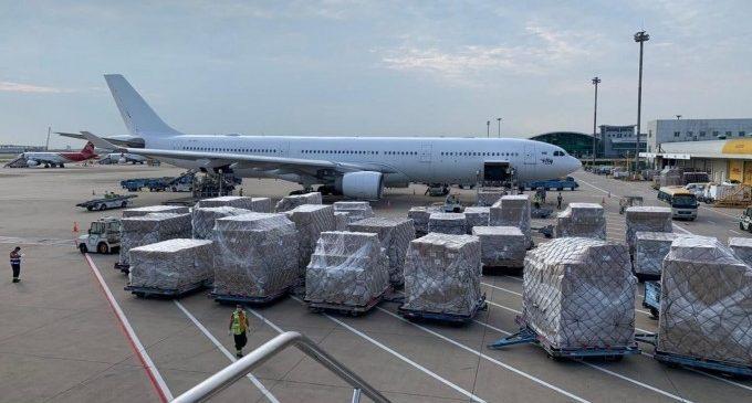 Llegan los aviones 23 y 24 de la operación 'Ruta de la seda' con 90.000 mascarillas