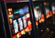 Sanitat amplia la prohibició d'escurabutxaques, billars i futbolins en restaurants i bars per la Covid