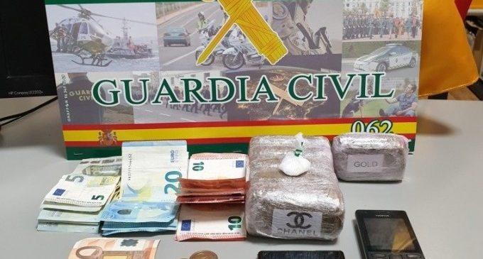 Dos detenidos por drogas en la pedanía de Borbotó que no respetaban la distancia por Covid-19