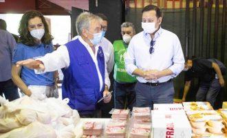 Mestalla obri les seues portes com a banc d'aliments solidaris