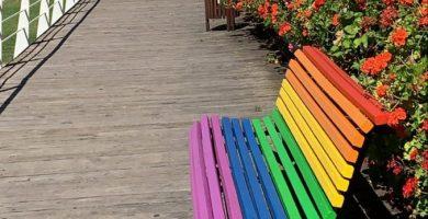 València es pinta de colors preparada per a l'Orgull LGTB+
