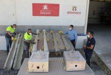 """La """"Brigada DANA"""" crea dos fanals artesanals per substituir els caiguts al Pont de Santa Maria"""