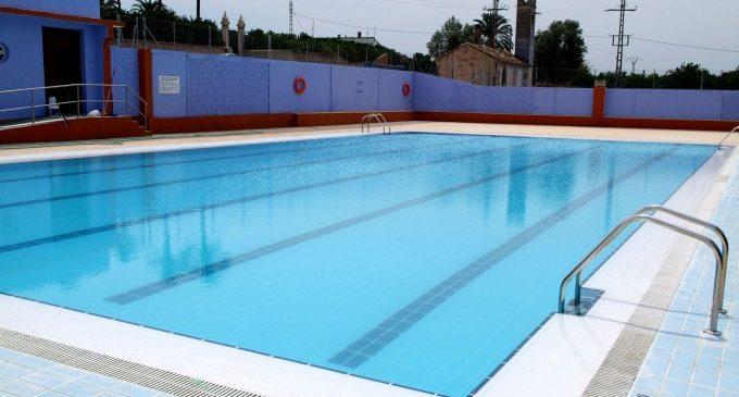 La piscina de Carcaixent obri les portes a partir de l'1 de juliol