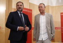 """Baldoví urgeix a Ábalos a compensar la """"diferència abismal"""" entre el transport de València i el de Madrid i Barcelona"""