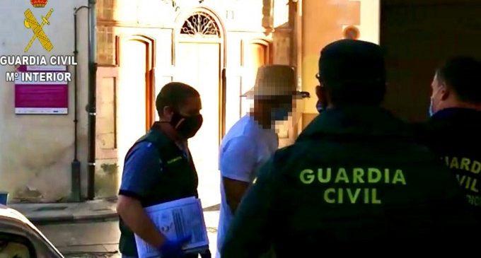 Detingut l'actor porno Nacho Vidal per la mort d'un fotògraf en un ritual místic