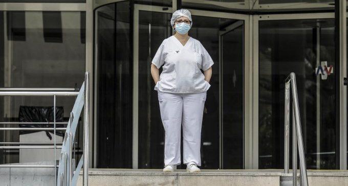 Cs estudia amb la patronal hotelera Hosbec l'impacte d'un bo de 50% per a les vacances de sanitaris