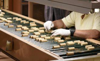 La producción industrial en la Comunitat se hunde un 37,1% en abril por la COVID-19