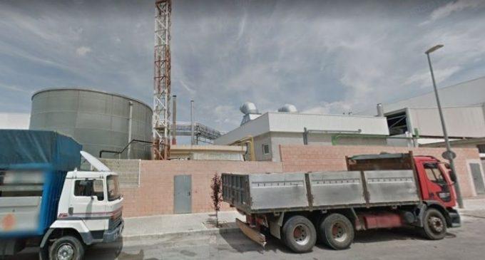 Declarat un incendi a la fàbrica Dulcesol de Vilallonga