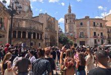 """Una concentración en València reivindica que """"las vidas negras importan"""" y que """"el silencio blanco también es violencia"""""""