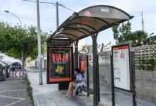 Dos paradas de EMT en el Perellonet incorporan paneles informativos de tiempos de llegada