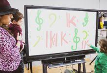 La Diputació de València dotarà de pissarres digitals a les escoles d'educands de les bandes de música