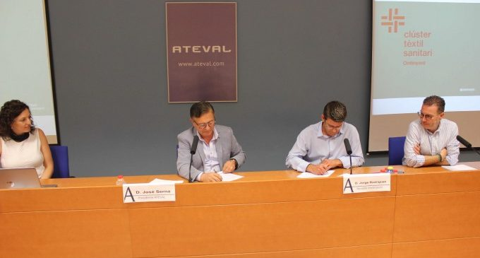 Jorge Rodríguez y Pepe Serna firman formalmente el convenio del Clúster Téxtil Sanitario de Ontinyent
