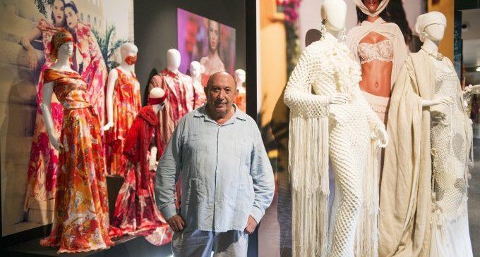 El MuVIM obri les seues portes a la moda amb un recorregut pels 50 anys de trajectòria de Francis Montesinos
