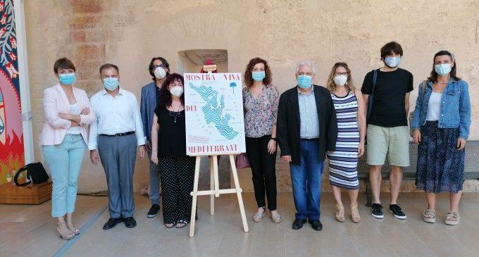 La 8.ª Mostra Viva del Mediterrani presenta un cartel que fusiona la pertenencia y la denuncia