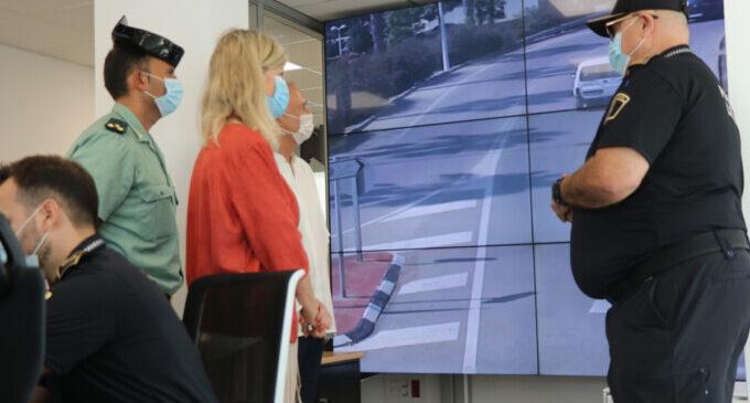 La consellera Gabriela Bravo inaugura la nueva sede de la Policía Local de Llíria