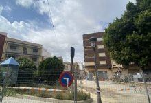 Paterna crea 18 noves places d'aparcament en la Plaça Dos de Maig, respectant les seues zones verdes