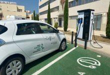 Paterna aposta per la sostenibilitat amb 14 nous vehicles elèctrics i 8 punts dobles de recàrrega més