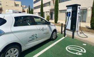 Paterna apuesta por la sostenibilidad con 14 nuevos vehículos eléctricos y 8 puntos dobles de recarga más