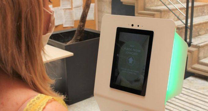 Ontinyent controla la correcta col·locació de la mascareta amb un dispositiu d'intel·ligència artificial