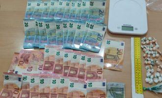 Desmantelado un punto de venta de droga al por menor en Silla