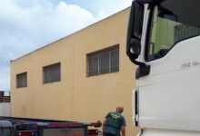Dos detenidos por robar herramientas en camiones aparcados en polígonos de Xàtiva a València