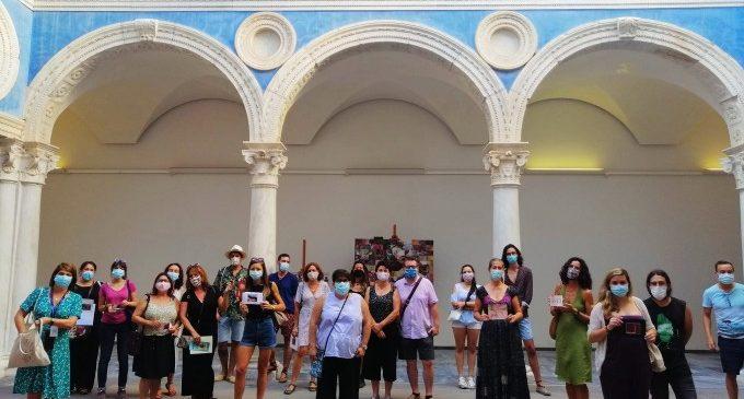 El Museu de Belles Arts de València reuneix els participants que han pintat 'L'oïda' de Miquel March durant el confinament