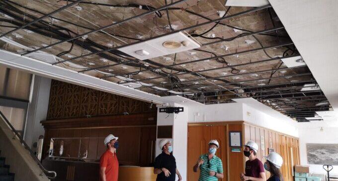 Los trabajos para la renovación del sistema de climatización del Centro Cultural de Almussafes avanzan a buen ritmo