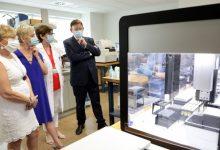 Puig anuncia la incorporación de una estación robotizada en La Fe que incrementará en 2.000 las PCR diarias