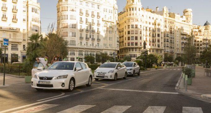 Urbanisme posa en marxa una nova campanya d'asfaltat per a reparar vies en diferents barris de València