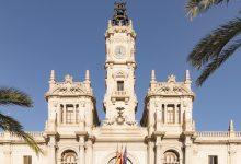 València amplía el contrato de teleasistencia y acaba con la lista de espera