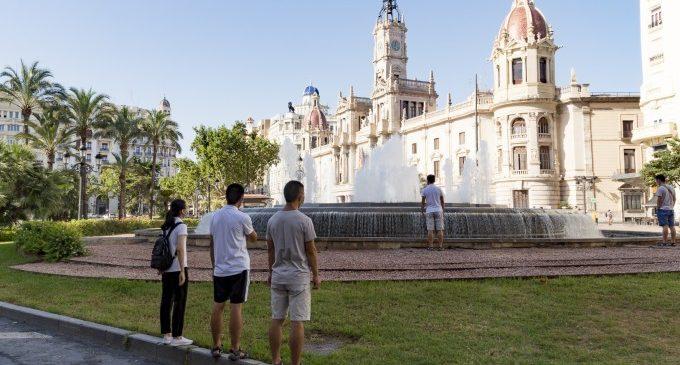 Un estudio concluye que la desigualdad lingüística está en el ADN del poder político e institucional de España