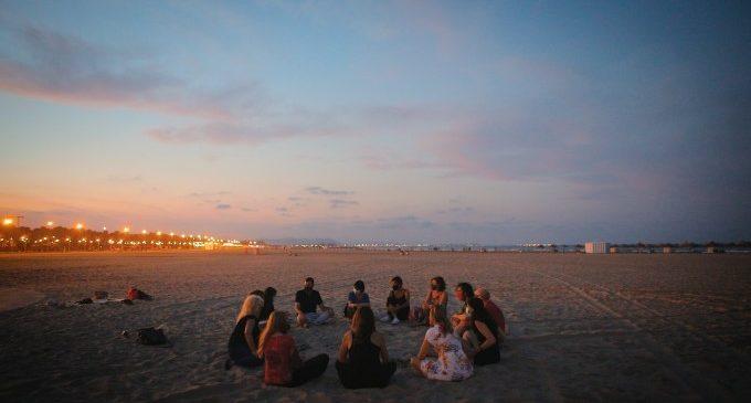 Cabanyal Íntim manté viu el festival amb trobades escèniques més íntimes