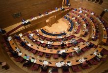 Les Corts rechazan devolver al Consell la ley de acompañamiento como pedían PP, Cs y Vox