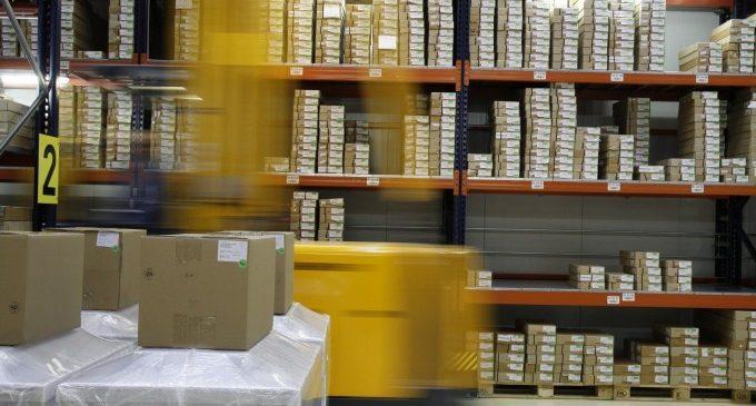 Caixes per a enviaments, sobres embuatats... Els embalatges que necessiten els e-commerce