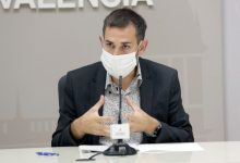 València reforçarà el servei de neteja de mobiliari urbà mentre els parcs infantils continuen tancats