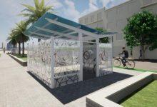 Arcadi España anuncia la instal·lació de nous box aparcabicis per a 'fomentar una mobilitat sostenible'
