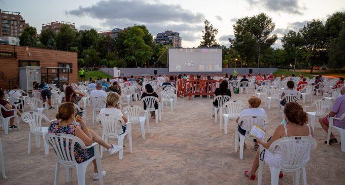 El Cinema d'Estiu a Mislata ha sigut tot un èxit amb gran acceptació del públic i sense incidències